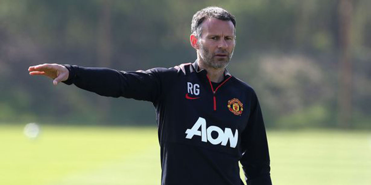 Jose Mourinho?s Manchester United are unstoppable at the moment says Ryan Giggs